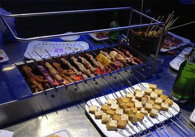 室外烧烤摊目前在无烟烧烤行业占有市场率多少
